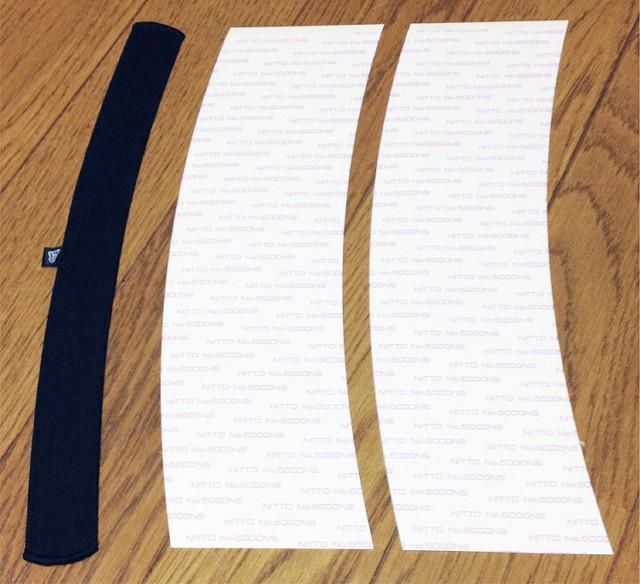 キャップライナー本体1つと、貼り替え用の両面テープ