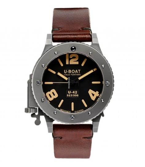 デカいメンズ腕時計「U-Boat」